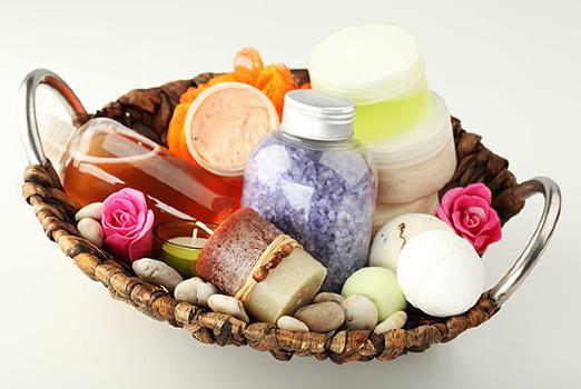 Натуральные средства для ухода за кожей