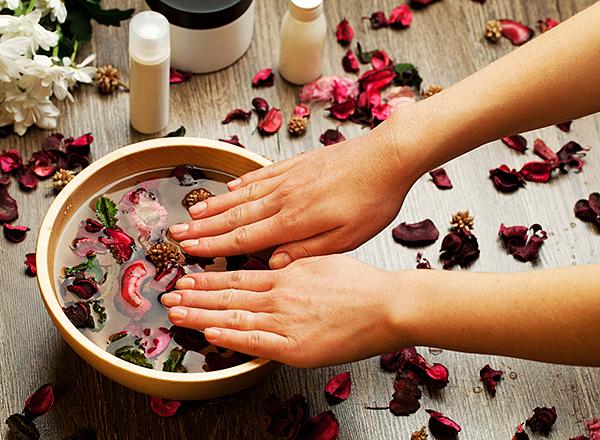 лечебные и расслабляющие ванночки для рук и ногтей
